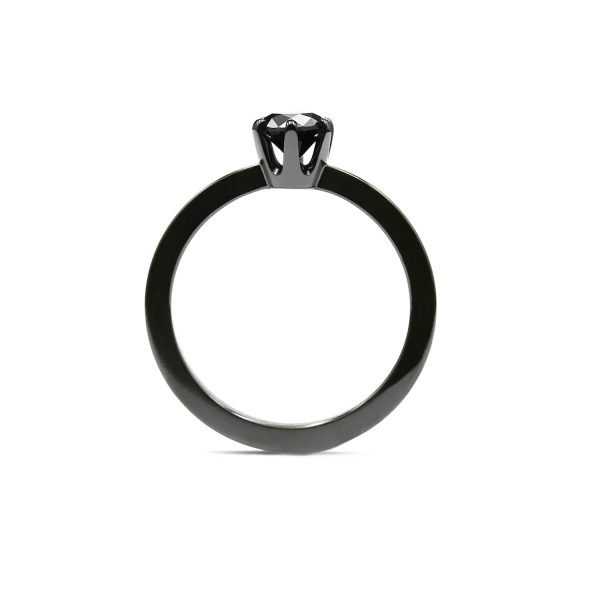 Black Solitaire diamond ring. | Tumma Solitaire timanttisormus | Design Kultaseppä Goldsmith Petri Pulliainen Helsinki.